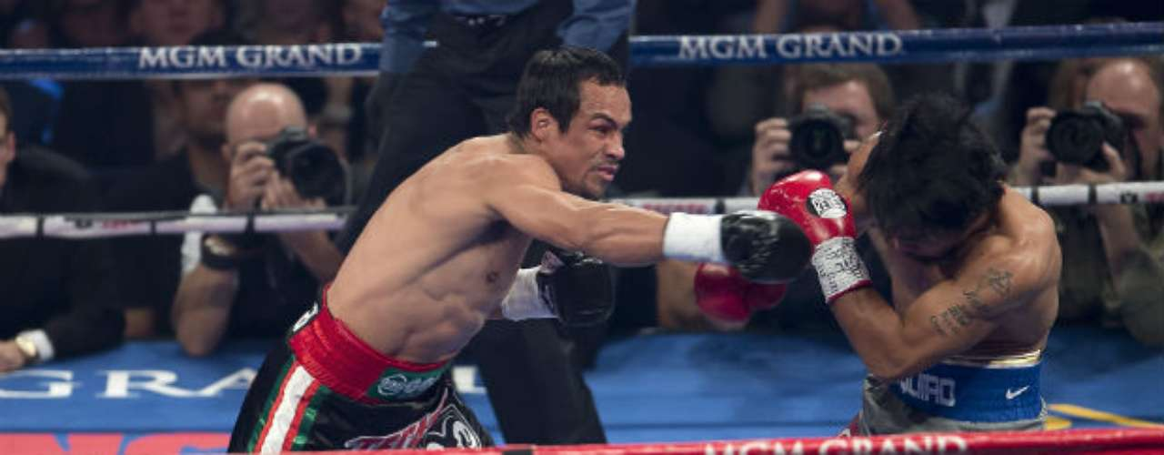 The first warning shot came in the second round, as Pacquiao was clearly shocked by Marquez's strength.