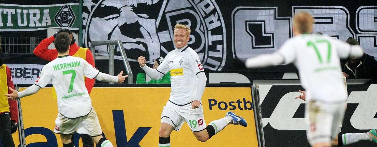 Borussia Monchengladbach vence 2-0 a Main en buen duelo de la fecha 16 del futbol de Alemania