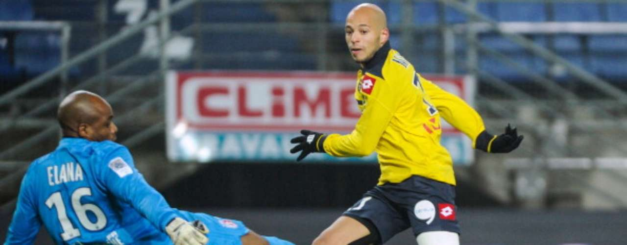 Yassin Mikari de Sochaux anotó el gol del empate 1-1 ante Lille.