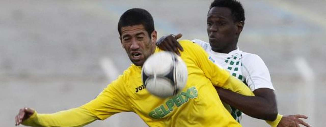 La Jornada once en el futbol de Portugal inicio con la victoria de Estoril 3-0 sobreVitória Setúbal