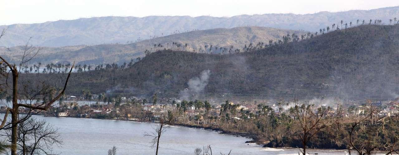 Según datos del organismo de desastre, hay 5,4 millones de afectados en 30 provincias y 302.000 personas que han perdido sus casas, aunque sólo 133.000 se encuentran en centros de evacuación.