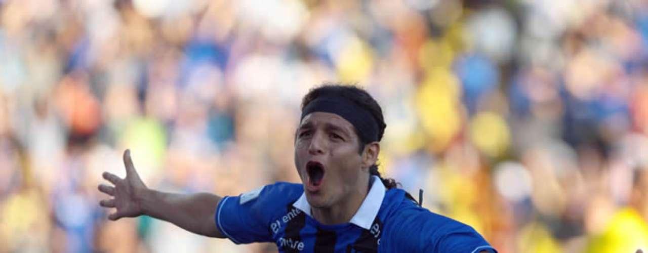 MANUEL VILLALOBOS: El ariete que fue uno de los héroes de la final, podría marcharse a jugar Copa Libertadores con Iquique.