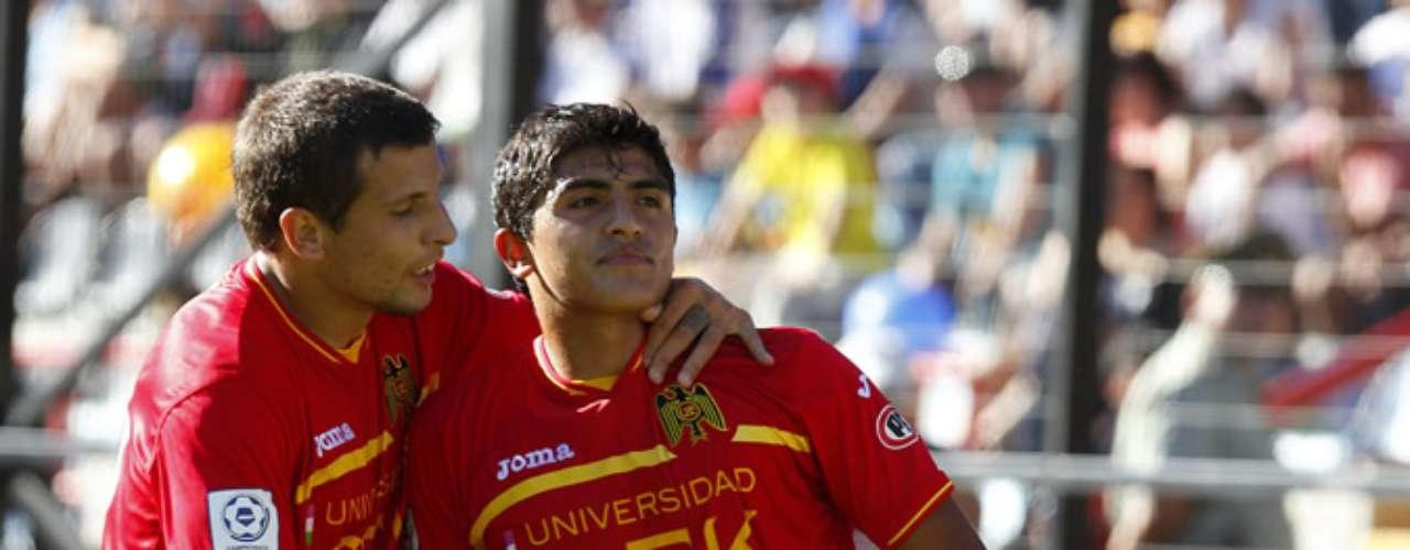 DAGOBERTO CURRIMILLA: Quien convirtió el único tanto hispano en la final suena para sumarse a la UC en el 2013.