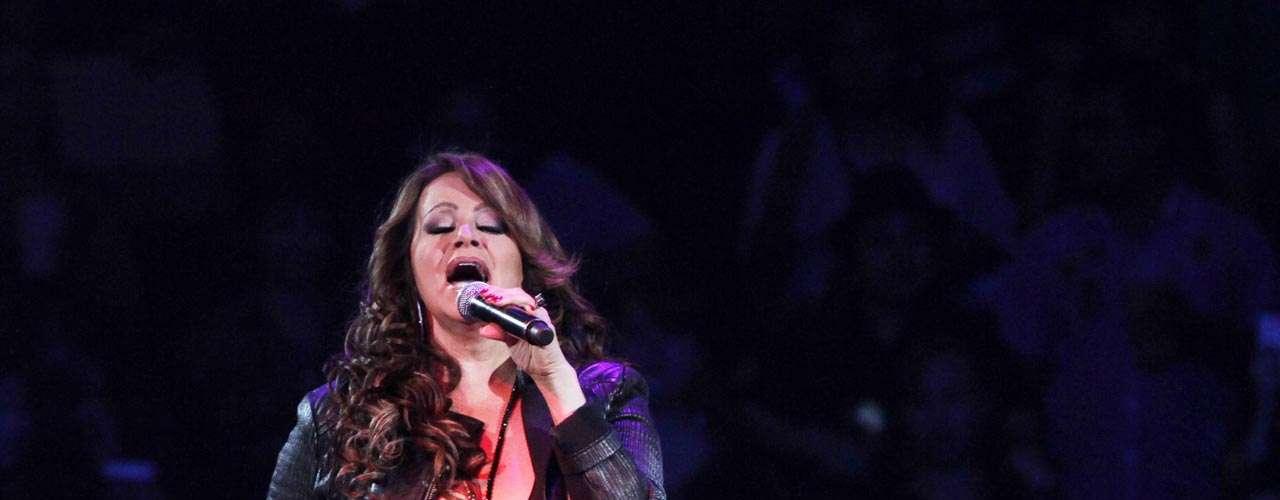 El último concierto de Jenni Rivera fue el primero de la intérprete en la Arena Monterrey.