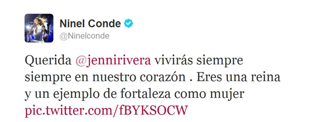 Ninel Conde hasta presumió una foto que se tomó con Jenni Rivera y la destacó como una mujer fuerte.