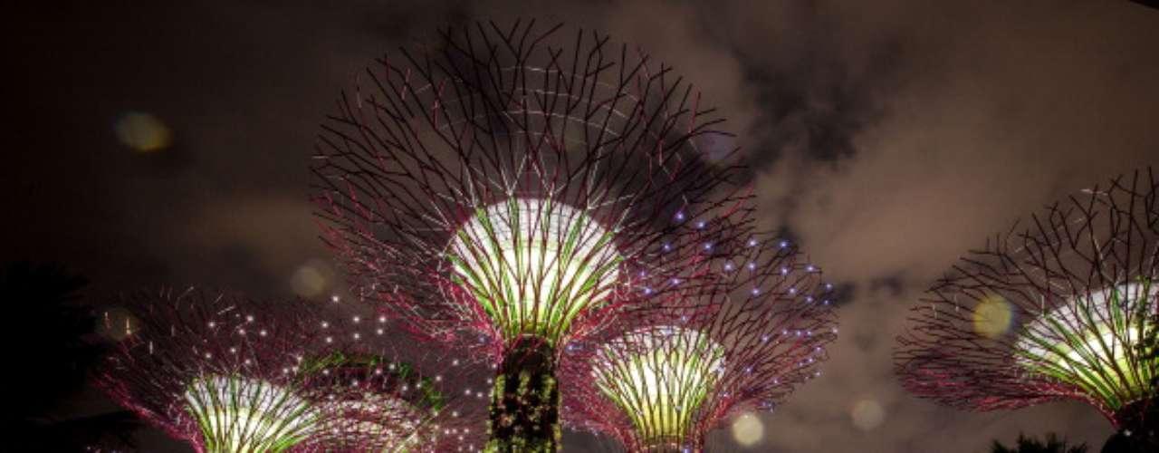 3. Singapur, gracias a su apuesta por la tecnología, se sitúa en el tercer lugar del ranking de países más ricos con 56.699 dólares por habitante.