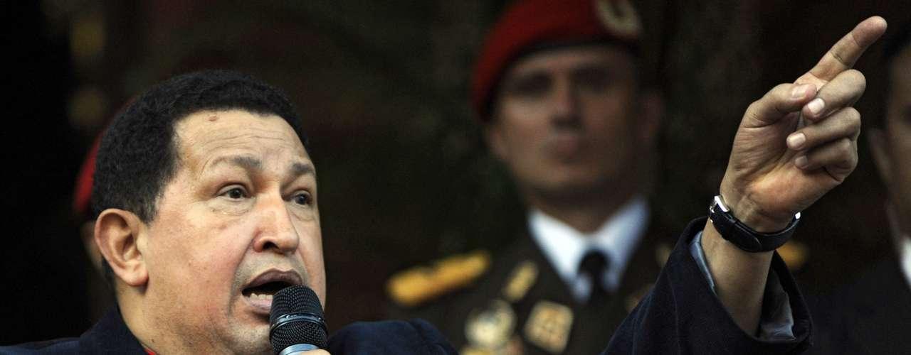 A finales del 2011 el Presidente dijo que el cáncer había desaparecido. Sin embargo, el 21 de febrero de 2012, Chávez, anunció que sería sometido a otra cirugía, ya que se le detectó una lesión en la misma zona donde le fue extirpado el tumor en el 2011.
