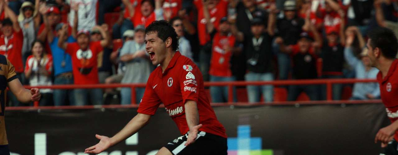 Pablo Aguilar belongs to San Luis but was loaned to Arsenal Sarandi and Sportivo Luqueno in 2010 and 20111 respectively. He arrived in Tijuana for the Apertura 2012 and immediately helped to strengthen the defense. He played in 20 games, for the full 90 minutes in all.