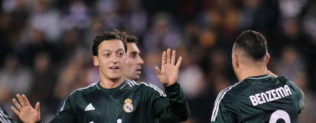Domingo 16 de diciembre - Real Madrid se mide al Espanyol de Javier Aguirre
