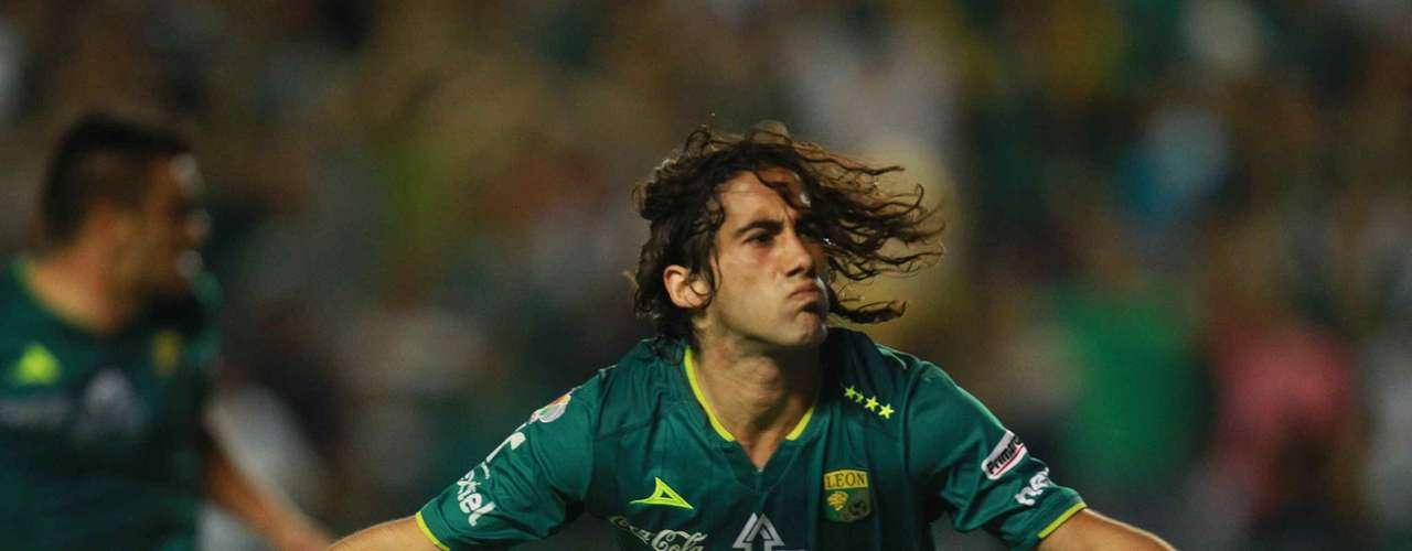 Matias Britos is a Uruguayan striker that came to Leon after it rose to the First Division, although he started in only 12 games he participated in 18 games and scored eight goals. He also collaborated with assists to be one of the most important variations to Gustavo Matosas.