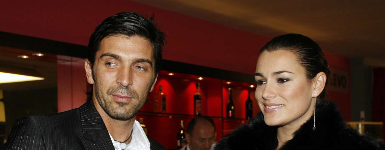 Italy and Juventus keeper Giuanluigi Buffon is married to the beautiful Alena Seredona, Miss Czech Republic in 1998.
