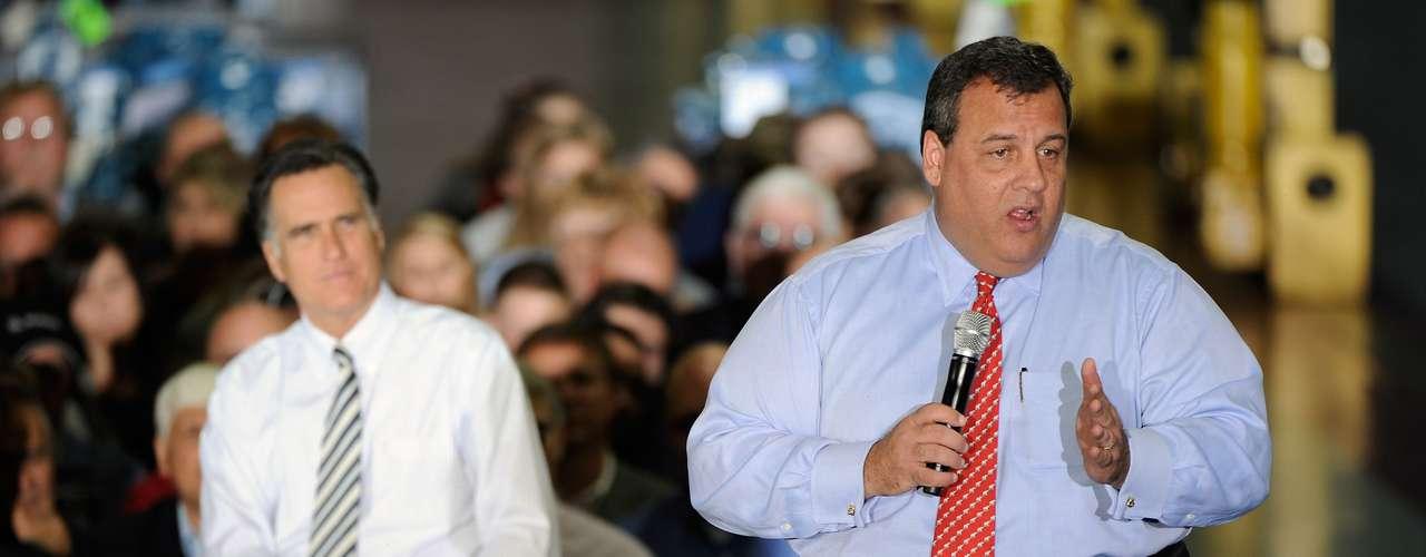 Christie tuvo un papel muy activo tras el pasaje del huracán Sandy, que devastó Nueva Jersey, y no dudó en agradecer al presidente Barack Obama por su ayuda.