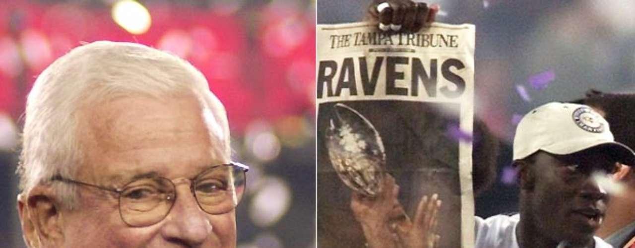 Art Modell fue el dueño de los Browns de Cleveland desde 1961, que ganó su último título bajo su dirección en 1964. Luego, se trasladó de los Browns a Baltimore en 1996, donde sus Ravens finalmente ganaron el título que se le escapaba, un Super Bowl en 2001.