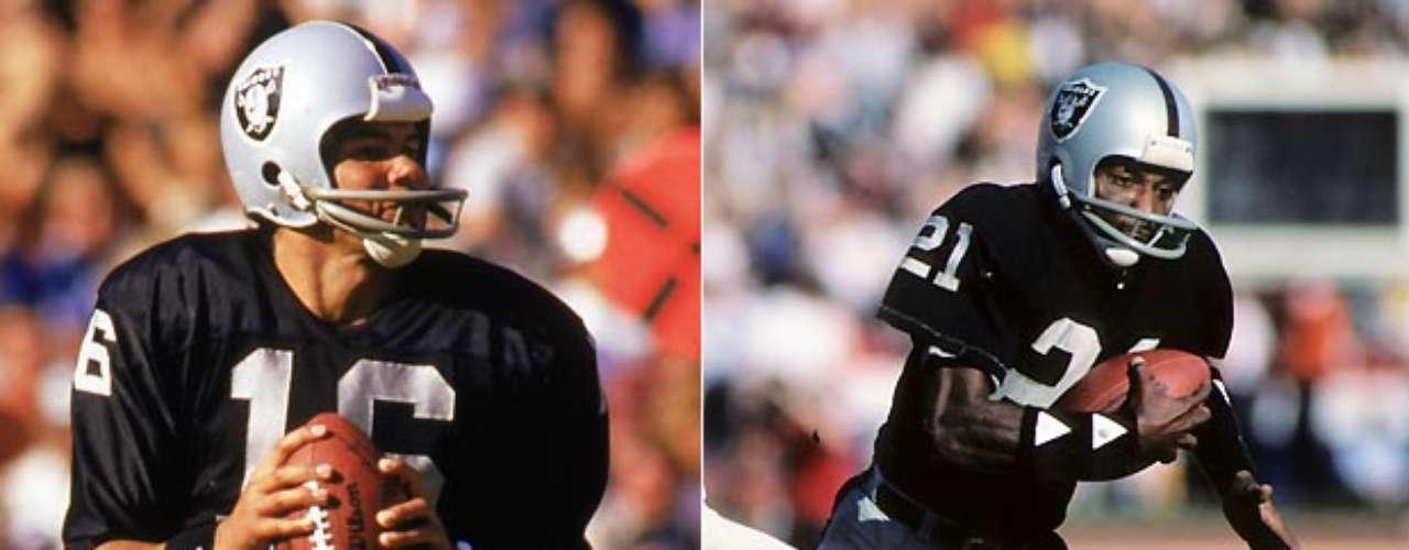 Jim Plunkett y Cliff Branch condujeron a los Raiders de Oakland a dos victorias de Super Bowl en el XV y XVIII. Plunkett fue el Jugador Más Valioso en el XV, cuando pasó para 261 yardas y 3 touchdowns en la victoria por 27-10 sobre los Eagles de Filadelfia. En XVIII, Plunkett lanzó para 172 yardas y un touchdown en la sorprendente victoria de los Raiders 38-9 sobre los Redskins. Branch atrapó seis pases para 94 yardas y un touchdown en el partido, y añadió cinco recepciones para 67 yardas y 2 touchdowns contra los Eagles.