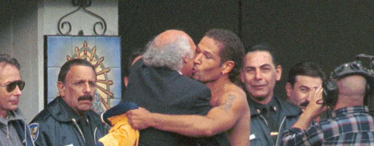 Barijho agradece a Bianchi, luego de convertirle dos goles a Racing en el Clausura 1999