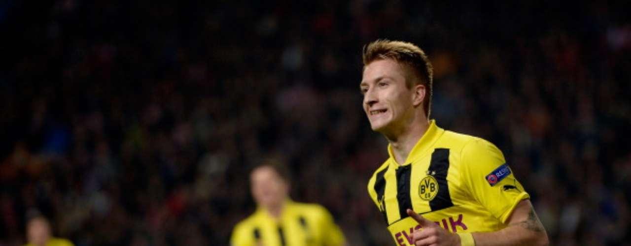 MARCO REUS BORUSSIA DORTMUND. El delantero llegó procedente de Borussia Mönchengladbach para convertirse en titular indiscutible en un Dortmund que ha sido espectacular en esta campaña. El ariete ha conseguido seis goles en la Bundesliga y tres más en la Champions League.