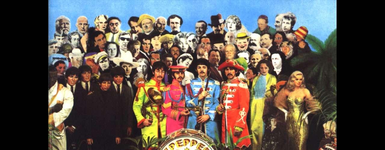 'Sgt. Pepper's Lonely Hearts Club Band', de The Beatles, es considerado uno de los mejores discos del cuarteto de Liverpool, y el mejor álbum de todos los tiempos por publicaciones como Rolling Stone. Estrenado en 1967, este álbum cautiva no sólo por incluir clásicos como 'Lucy in the Sky with Diamonds' o 'A Day in The Life', también el arte del mismo, diseñado por Peter Blake, ha merecido la inagotable ovación de los mejores críticos.