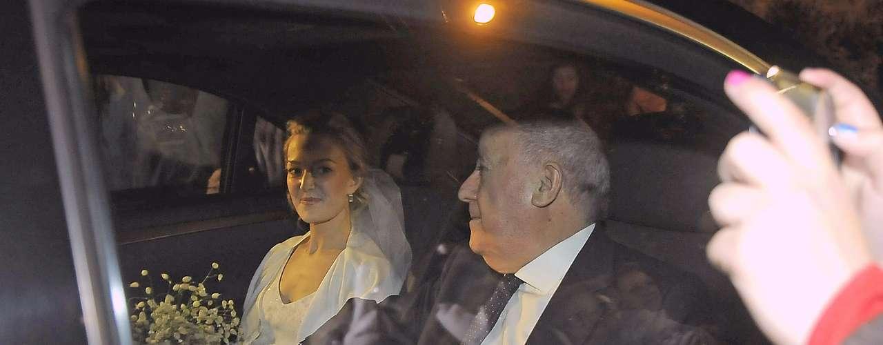 Marta Ortega y Sergio Álvarez se casaron en el mes de febrero. El padre de la novia, Amancio Ortega, dueño de Inditex, acudió orgulloso al enlace en un pazo de A Coruña. La heredera del imperio Zara espera su primer hijo para primavera.
