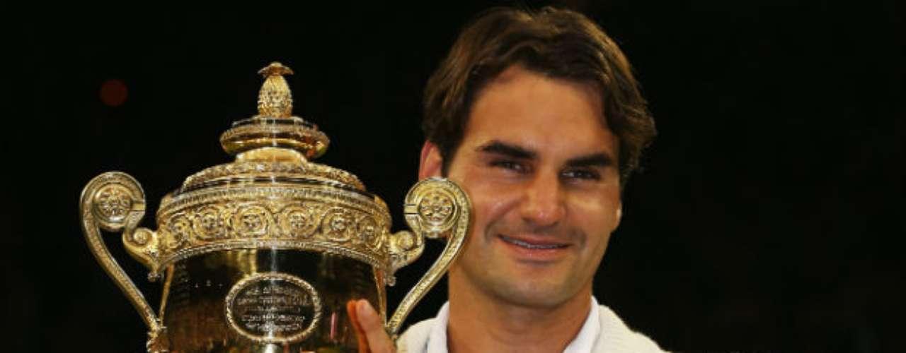 El tenista Roger Federer conquistó su séptimo Wimbledon y llegó a la suma de 17 Grand Slams ganados. Además, el suizo tiene el récord de302semanas como número uno del mundo del ranking de la ATP. El hélvetico se llevó la plata en el torneo de tenis de Londres 2012.