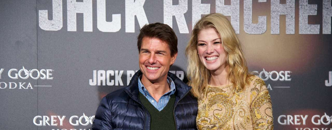 Tom and his co-starRosamund Pike were a dazzling couple during the red carpet.
