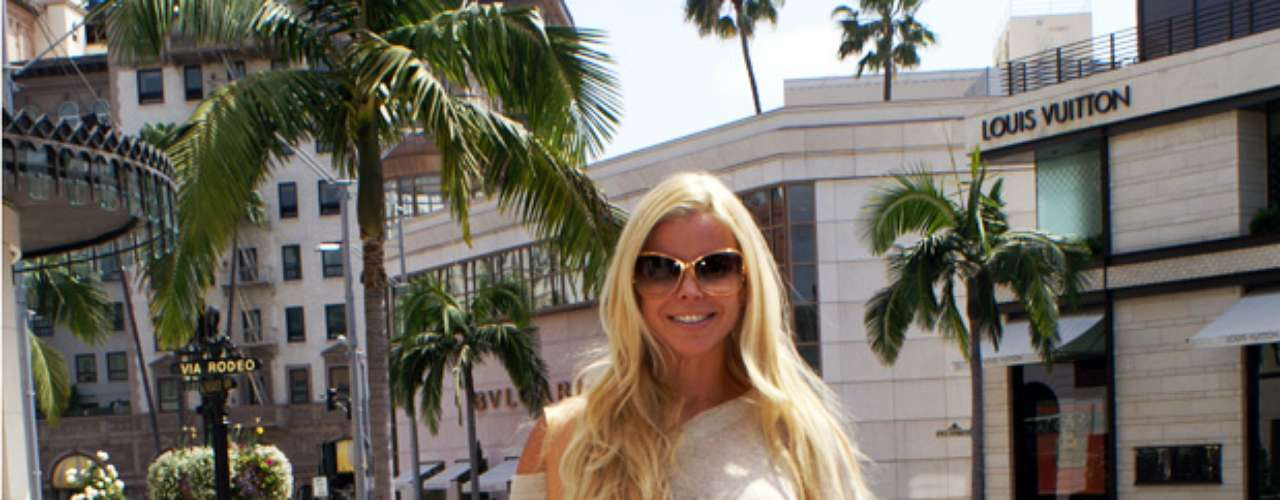 Surrounded by some of the most high-end stores in all of L.A., seems like this real housewife felt just at home.