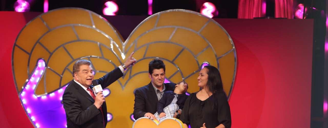Don Francisco se encargó de entrevistar a los invitados