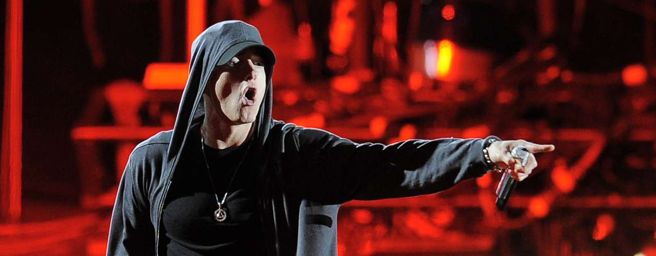Eminem also no stranger to controversy criticizes the US government in his song 'Without Me.'