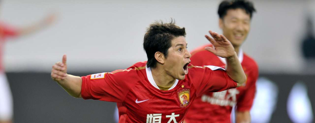9 - Darío Conca / Guangzhou Evergrande (China) $14 millones