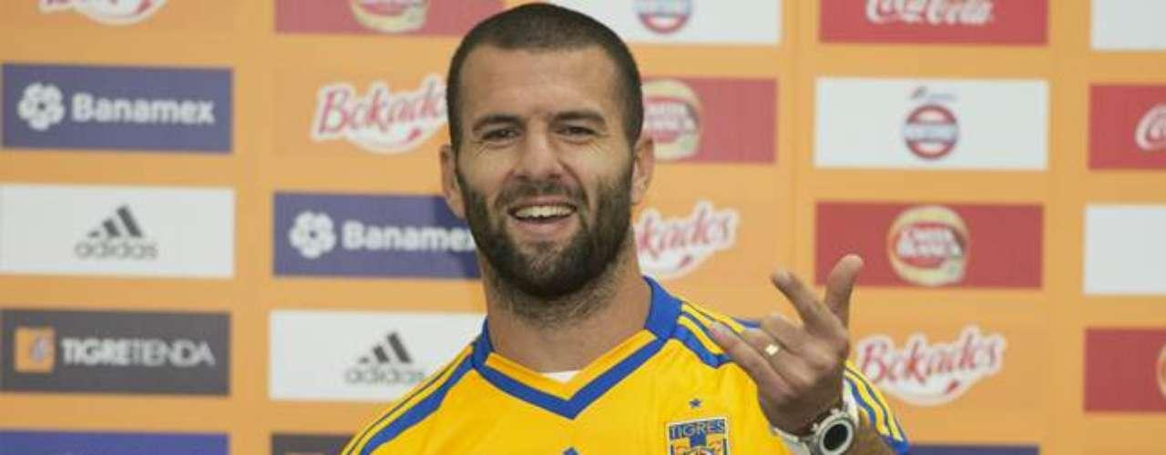Emanuel Villa será el centro delantero de Tigres.