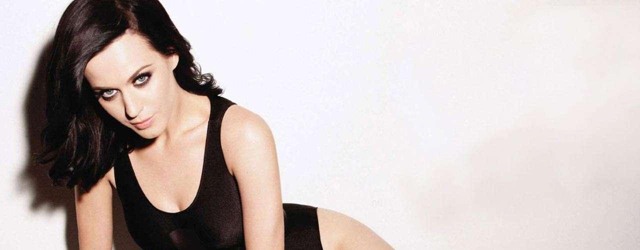 Katy Perry y sus ajustados trajes de látex han conquistado al mundo de la música.