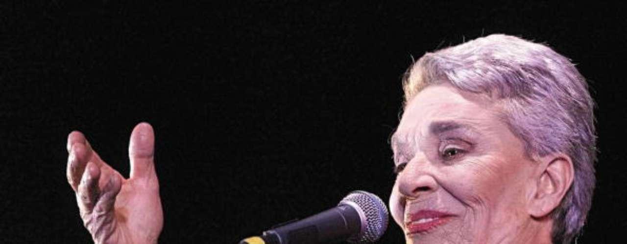 CHAVELA VARGAS  El 5 de agosto, tras largos meses de ya estar mal de salud, la cantante de trova falleció a los 93 años en su querido México.