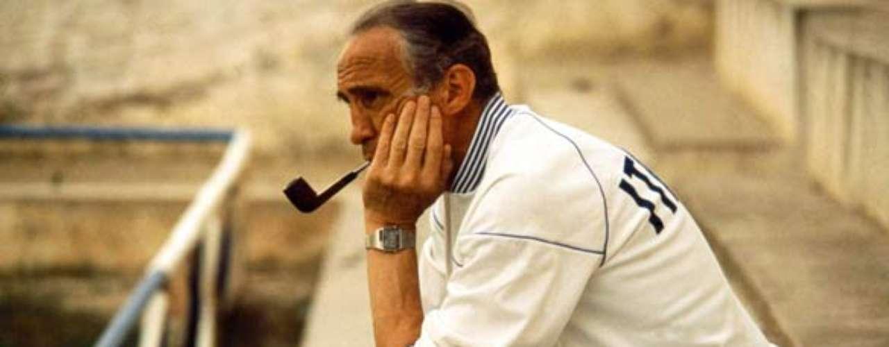 Enzo Bearzot concebía el futbol de la siguiente forma: \