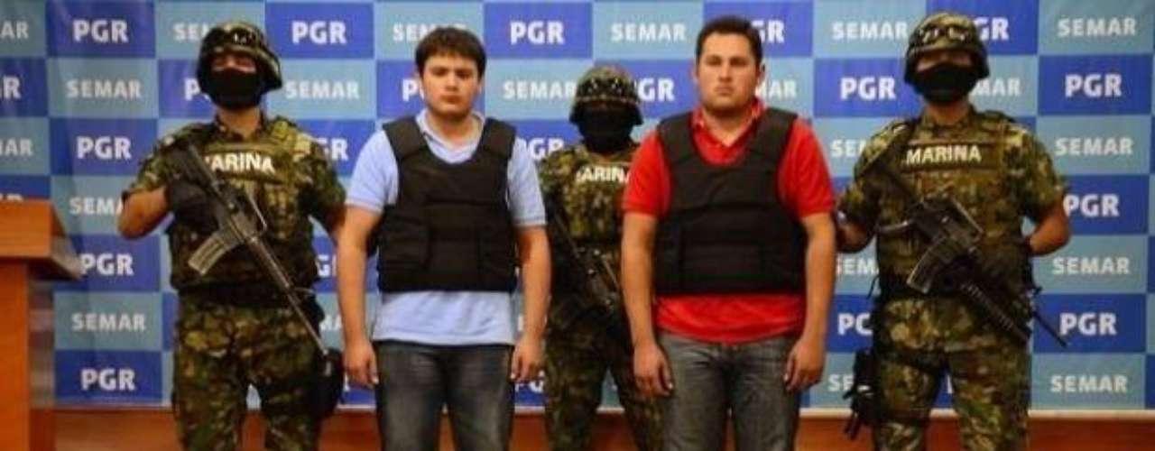 21 de junio del 2012.- Junto con el falso Chapito, fue detenido en Zapopan, Jalisco, Daniel Beltrán Ríos, de 19 años de edad. También se le acusa de lavado de dinero, posesión de armas de fuego de uso exclusivo del Ejército y delitos electorales.