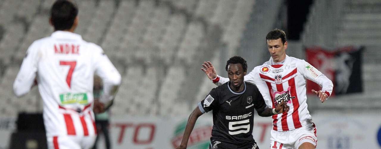 Sin embargo, Rennes igualó el marcador de forma parcial al 17'.