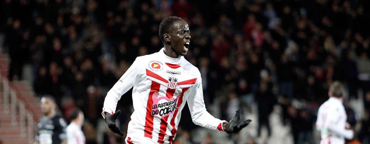 Diawara celebró la anotación que ponía al frente a su escuadra en el marcador.