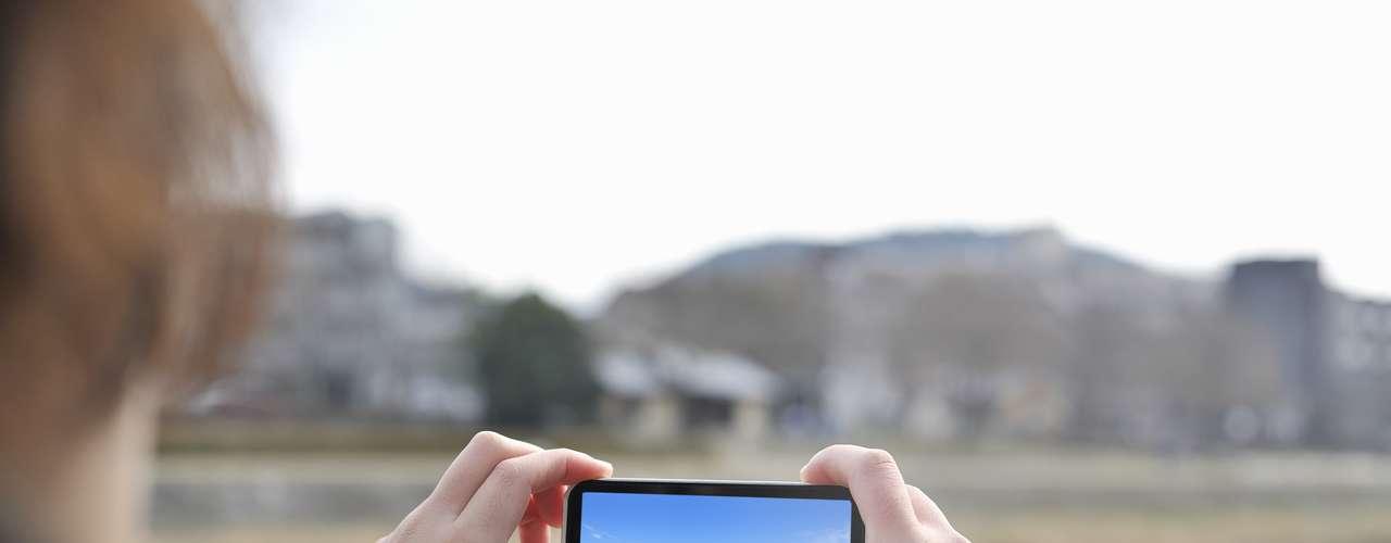 Para el 70 por ciento de los encuestados tener aplicaciones es muy importante. La mitad de los encuestados descargan por lo regular apps relacionadas con juegos y ocio, mientras que un 27 por ciento las usa como herramientas de trabajo.