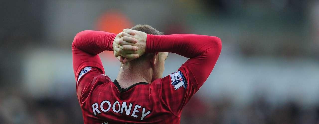 Rooney no estuvo en su mejor partido y falló varias importantes de gol.
