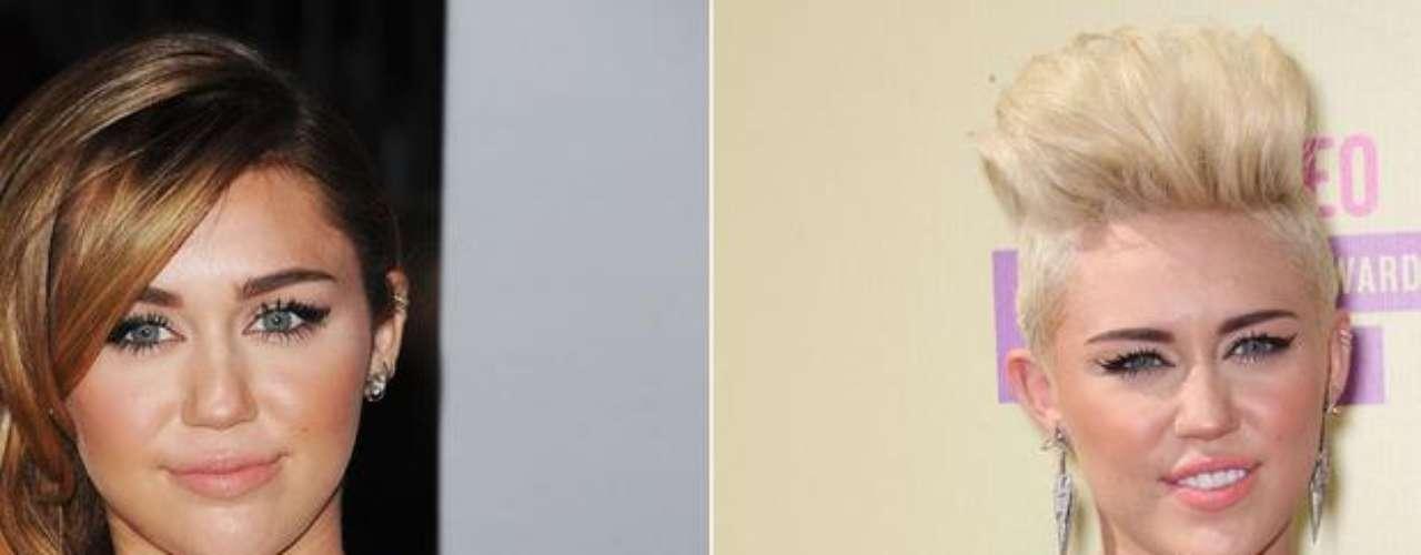 Miley Cyrus tiene el cambio de look más radical del 2012. Este año, la cantante de 20 años optó por abandonar su imagen angelical, transformándose en una chica rebelde con coreografías super sexuales sobre el escenario y un corte de cabello insólito. Se pintó el cabello de rubio y se rapó de los costados. La única buena noticia es que donó su melena a una ONG de cáncer infantil, así que alguien salió ganando.