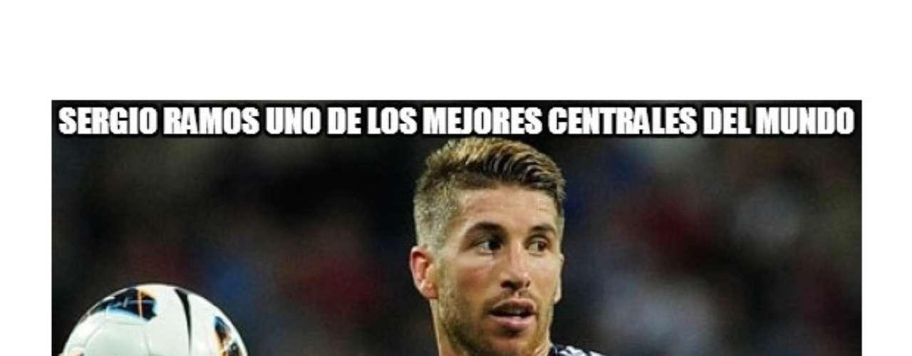Tanto hinchas rivales como del propio Real Madrid festinaron en internet con el técnico portugués José Mourinho, luego de la derrota por 3-2 que sufrió a manos del Málaga de Manuel Pellegrini. Además, se mofaron de las decisiones del luso, como la suplencia de Iker Casillas y el adelantar a Sergio Ramos.