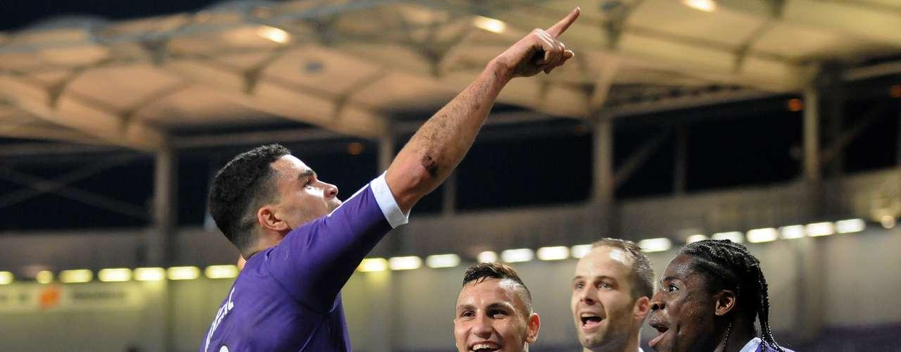 Toulouse, sin problemas, derrotó 2-0 al Sochaux.