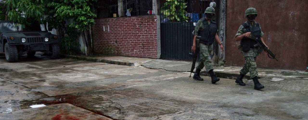 El personal militar además decomisó en los seis años 125 554 armas utilizadas por las organizaciones criminales.