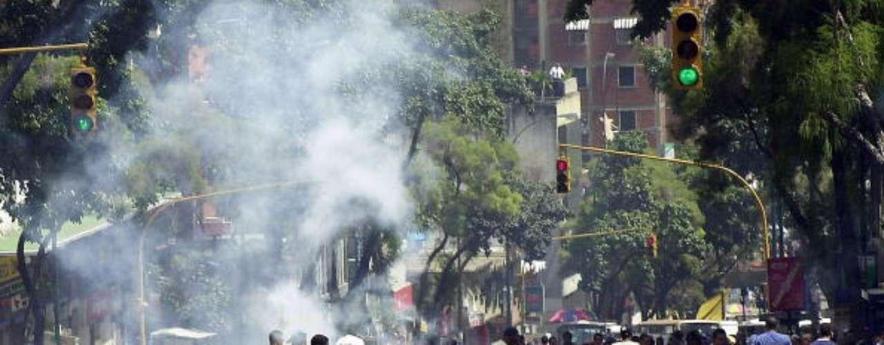 Enfrentamientos en Caracas entre partidarios y detractores de Hugo Chávez en julio de 2002