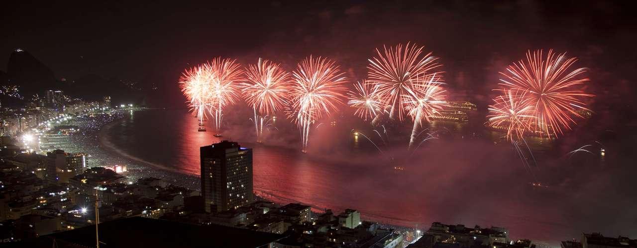 En Brasil todo está listo para recibir al 2013 a ritmo de samba.