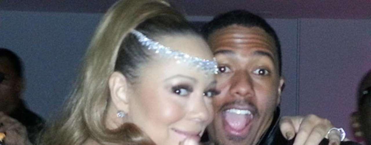 Mariah Carey y su esposo Nick Cannon recibieron el 2013 en Australia. La cantante compartió esta foto en twitter