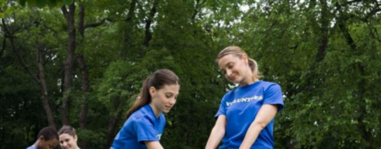 ADOLESCENTES: Usar el tiempo libre para ser voluntario y apoyar a la comunidad lo más posible.