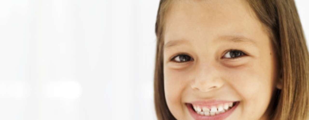 DE 5 a 12 AÑOS: Tomar agua y leche descremada todos los días, dejar los jugos y sodas para ocasiones especiales.