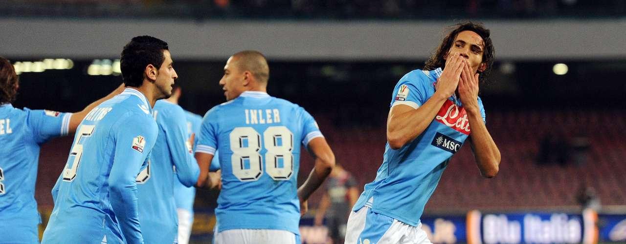 Domingo 6 de enero - Napolés recibe a la Roma en el duelo más interesante de la jornada 19 del Calcio