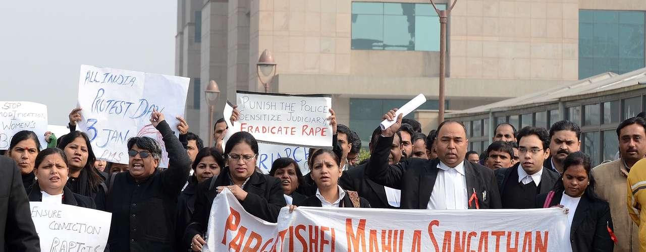 El salvajismo de este ataque ha provocado una explosión de cólera en la tradicionalmente contenida India contra las agresiones y las violaciones que se cometen con total impunidad en el país.