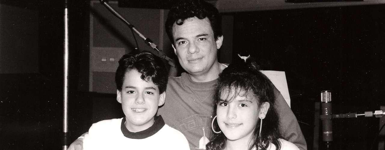 José José mientras acompañaba a su hijo José Joel y Angélica Vale, en los ensayos del musical \