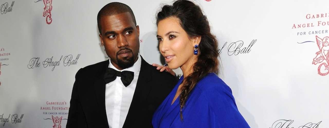 No es la primera vez que atacan a Kim Kardashian. La socialité perdió popularidad tras casarse en una boda relámpago con el atleta Kris Humpries y divorciarse 72 días después, siendo acusada por su ex de haberse casado sólo para la televisión y para hacer dinero.